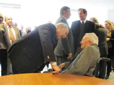 Foto: El Dr. Reimundín se mostró contento y agradecido ante el reconocimiento de sus pares