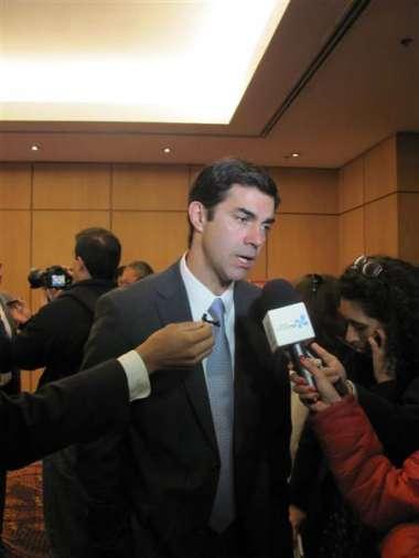 Foto: El gobernador Juan Manuel Urtubey dialogó con la prensa.