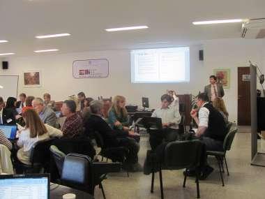 Foto: Magistrados y funcionarios se agruparon para trabajar en los talleres