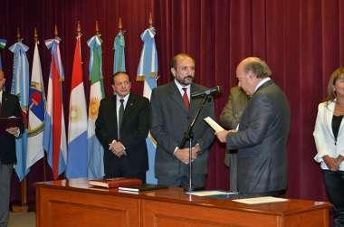 Foto: El escribano Mario Ángel, diputado por Tartagal, juró como consejero