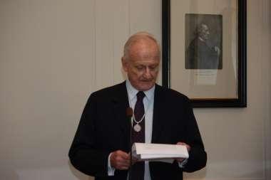 Foto: Badeni durante la presentación de Abel Cornejo