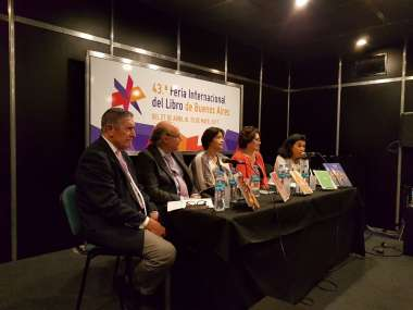 Foto: Los panelistas de la presentación captaron la atención del público presente