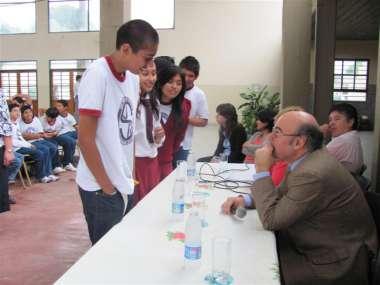 Foto: Los alumnos consultaron sus dudas