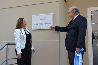 Foto: El Procurador General junto a la Señora Ana Fernández
