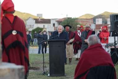 Foto: Homenaje al Héroe Nacional