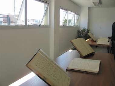 Foto: Libros de actas y sentencias de principios de siglo se expusieron en el acto