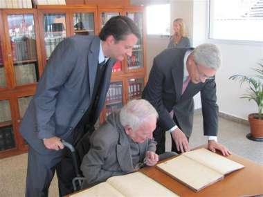 Foto: El Dr. Guillermo Posadas junto al Dr. Ricardo Alfredo Reimundín