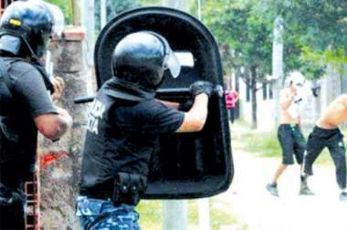 Los acusados mantuvieron fuertes enfrentamientos con la policía