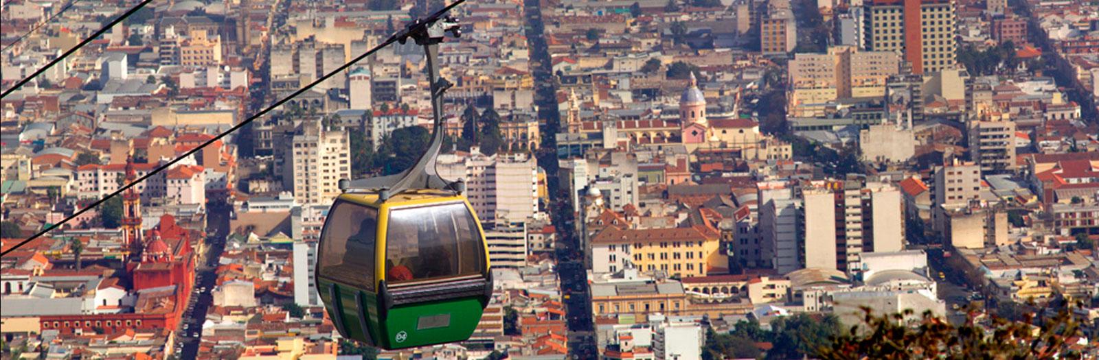 Teleférico, vista aérea del casco histórico, Salta. Por Eliseo Miciu (turismo.salta.gov.ar)